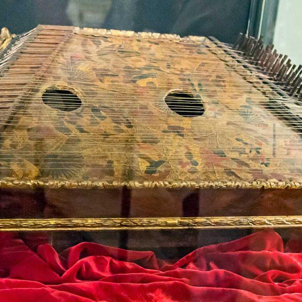 Psaltery, Venetian School 1700, Musical instrument museum Venice, Italy