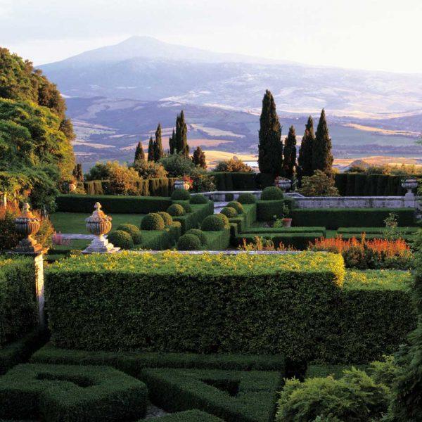 Italy, Garden tours